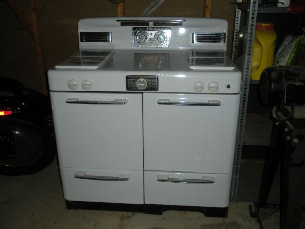 Universal Range with James Dishwasher in Des Moines
